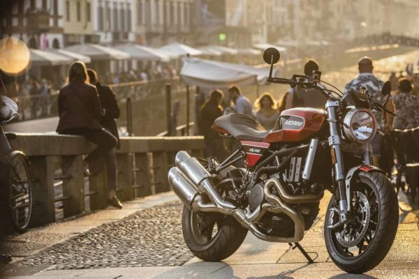 Moto-Morini-Milano-ambientate-06-11bb93d7
